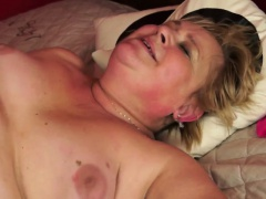 Fat granny pussy plunged