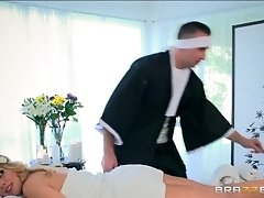 Brazzers - Britney Amber loses...