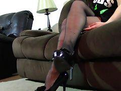 Natalia Pantyhose Shoeplay