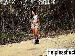 HelplessTeens - Bella Danger