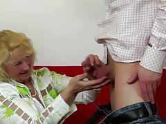 Granny gets young dick in her...
